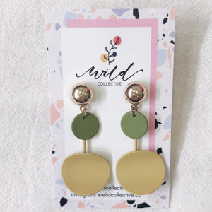 Everly Dangle Earrings (Olive)