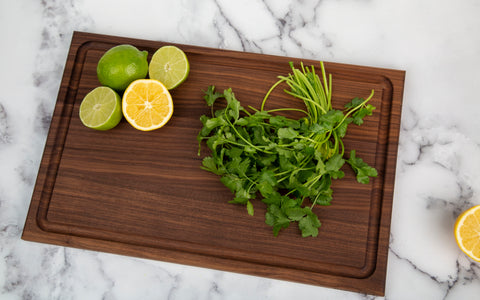 Edge Grain Walnut Cutting Board with Juice Groove (17 x 11 x .75 Inches)