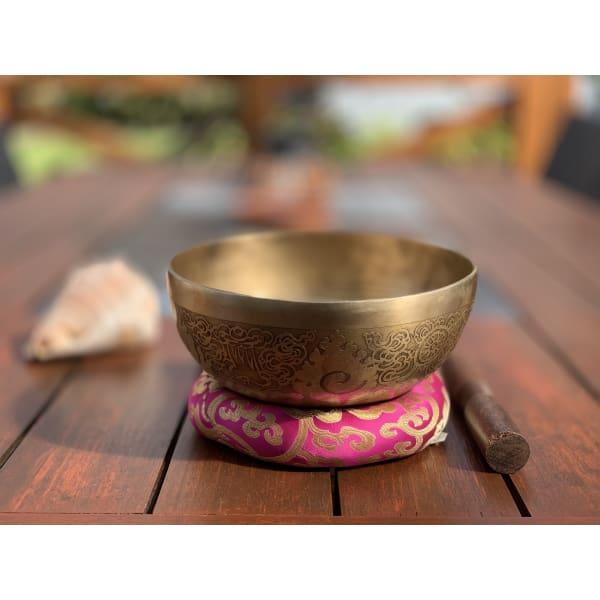 Genuine Nepalese Singing Bowl - Hand Made & Hand Engraved In Nepal (E) 🇳🇵