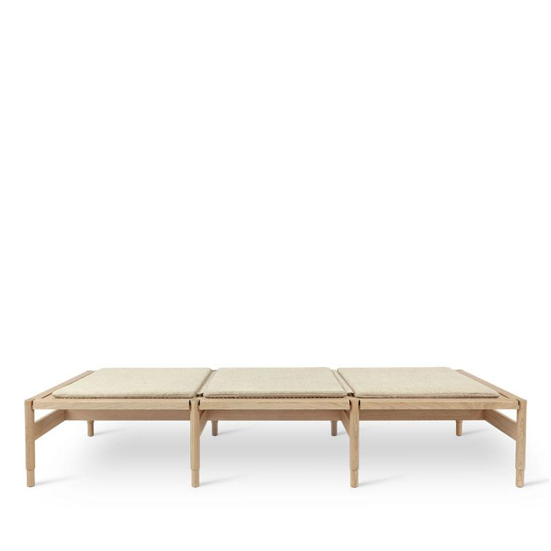 Winston | Daybed | by Eva Harlou
