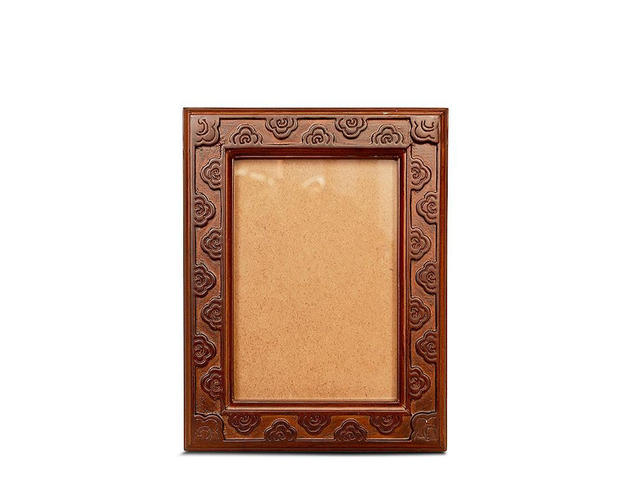Bhutanese crafted photo frame with fretwork by Transcend artisan