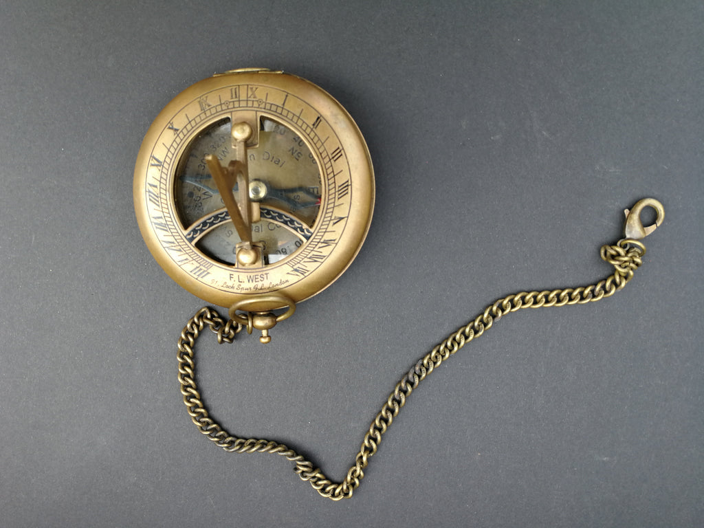 F.L West  Sundial Compass - 91, Lock Spur F.L London front view
