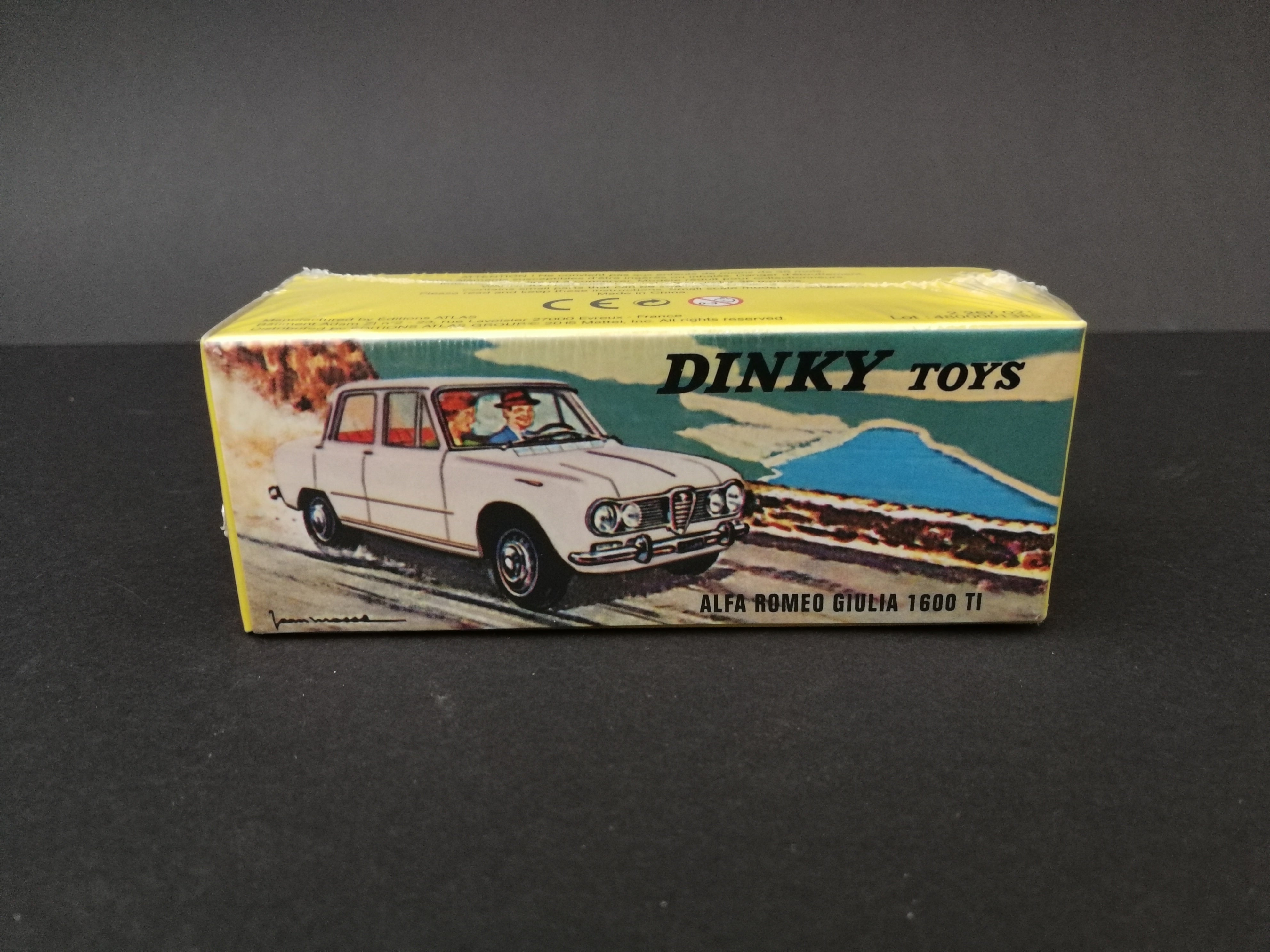 Alfa Romeo Giulia 1600 TI - Dinky Toys 514, in box, have never been opened, front view.