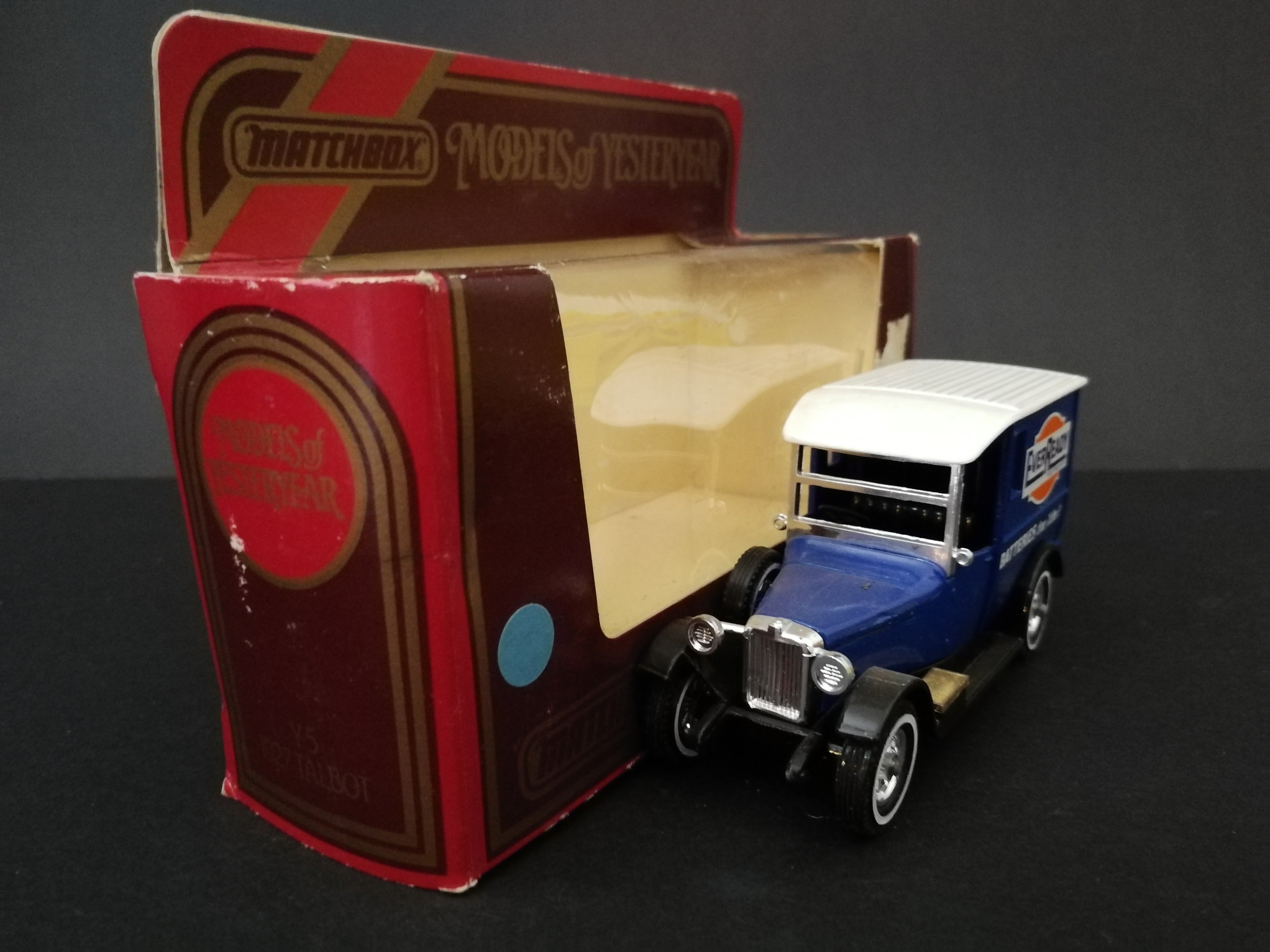 Matchbox Models of Yesteryear - Y-5 1927 Talbot, comes with box, color dark blue, side view of box