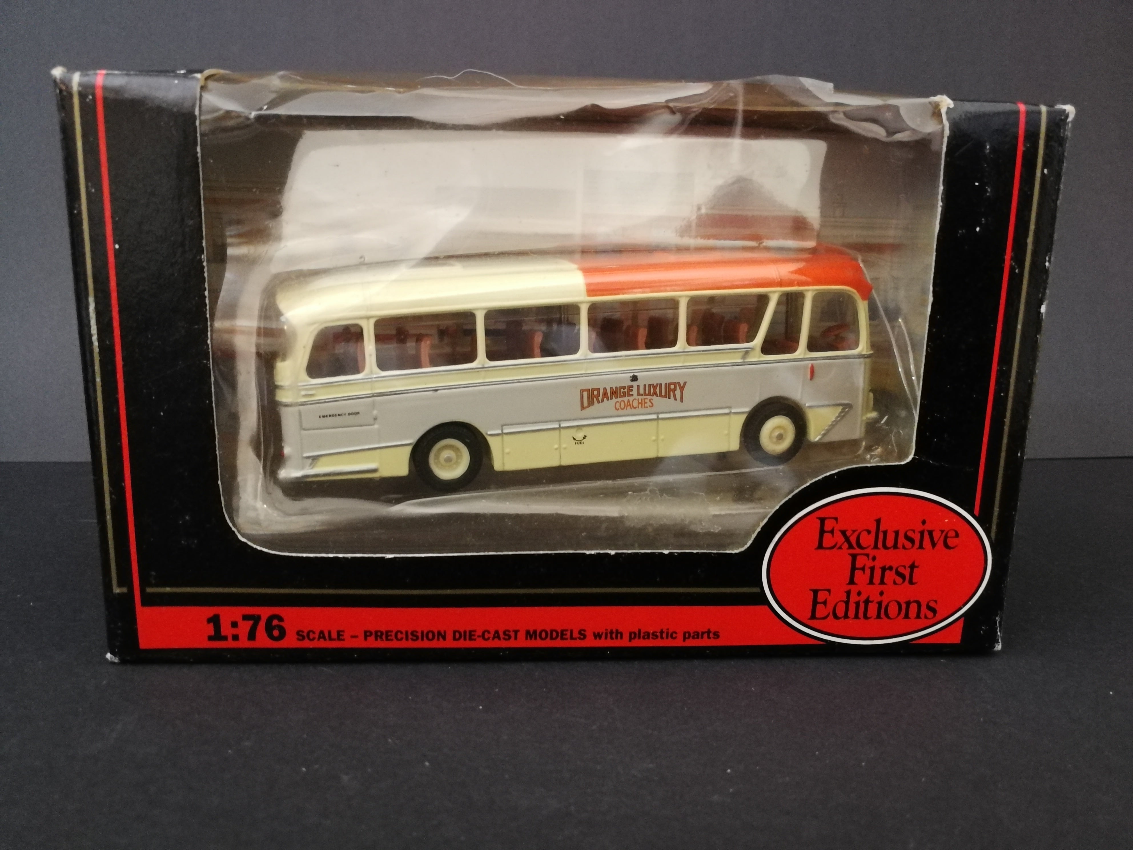Exclusive First Editions Cavalier Coach, scale 1:76, color grey and red, comes with box, side view