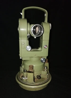 Wild T2 Heerbrugg theodolite 45 degree view