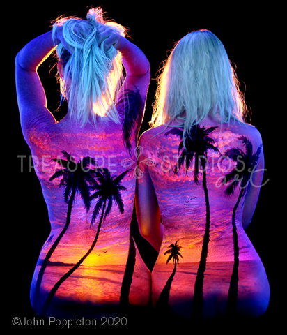 Mom & Daughter Sunset by John Poppleton | Diamond Painting - Treasure Studios Art