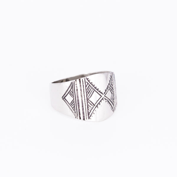 Tuareg Engraved Ring No.11 - Size P
