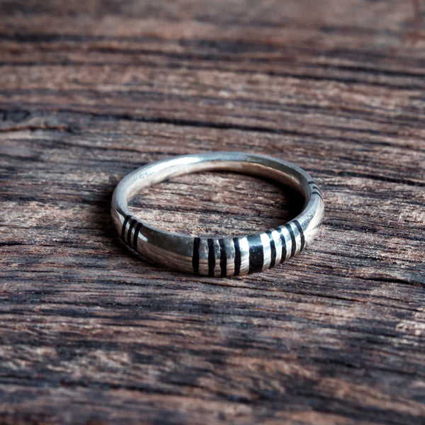 Tuareg Minimal Ring - Sizes O-R