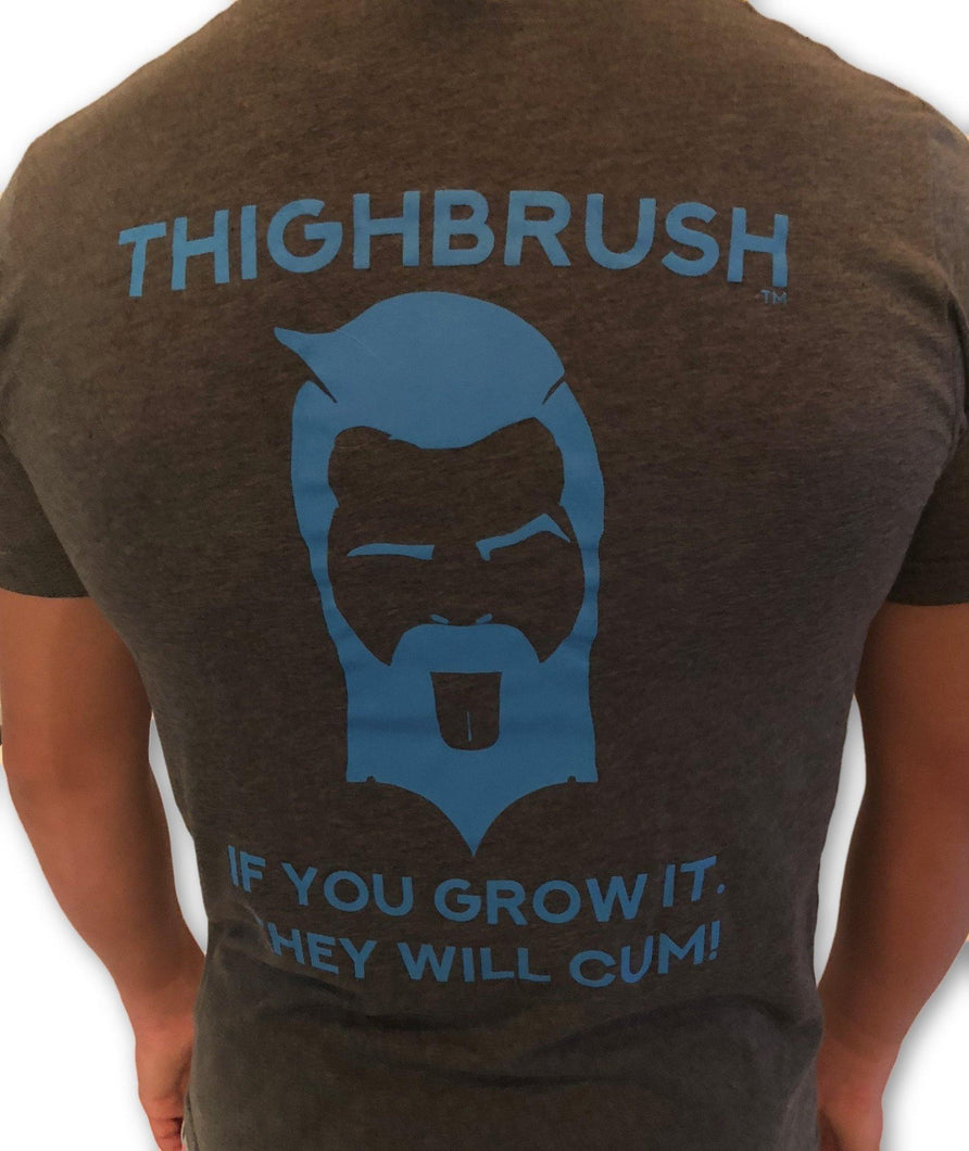 THIGHBRUSH - If You Grow It, They Will Cum - Men's T-Shirt - Charcoal Grey and Electric Blue