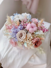 Fleuriste preserved flowers  pastel bloom box hydrangea roses