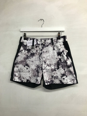 Rohnisch Bloom Shorts - Black - SS2016