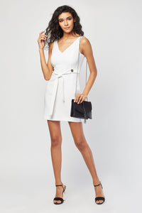 Robe Col V White