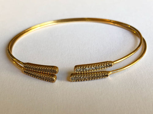 Bracelet with Diamonds for this summer to wear