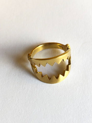 Dents De La mer - Teeth of the Sea - Ring 18k Gold Plume Collection