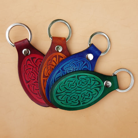 Veg tan leather celtic keyring