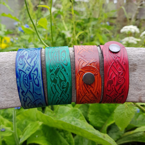 Wide zoomorphic leather wristband