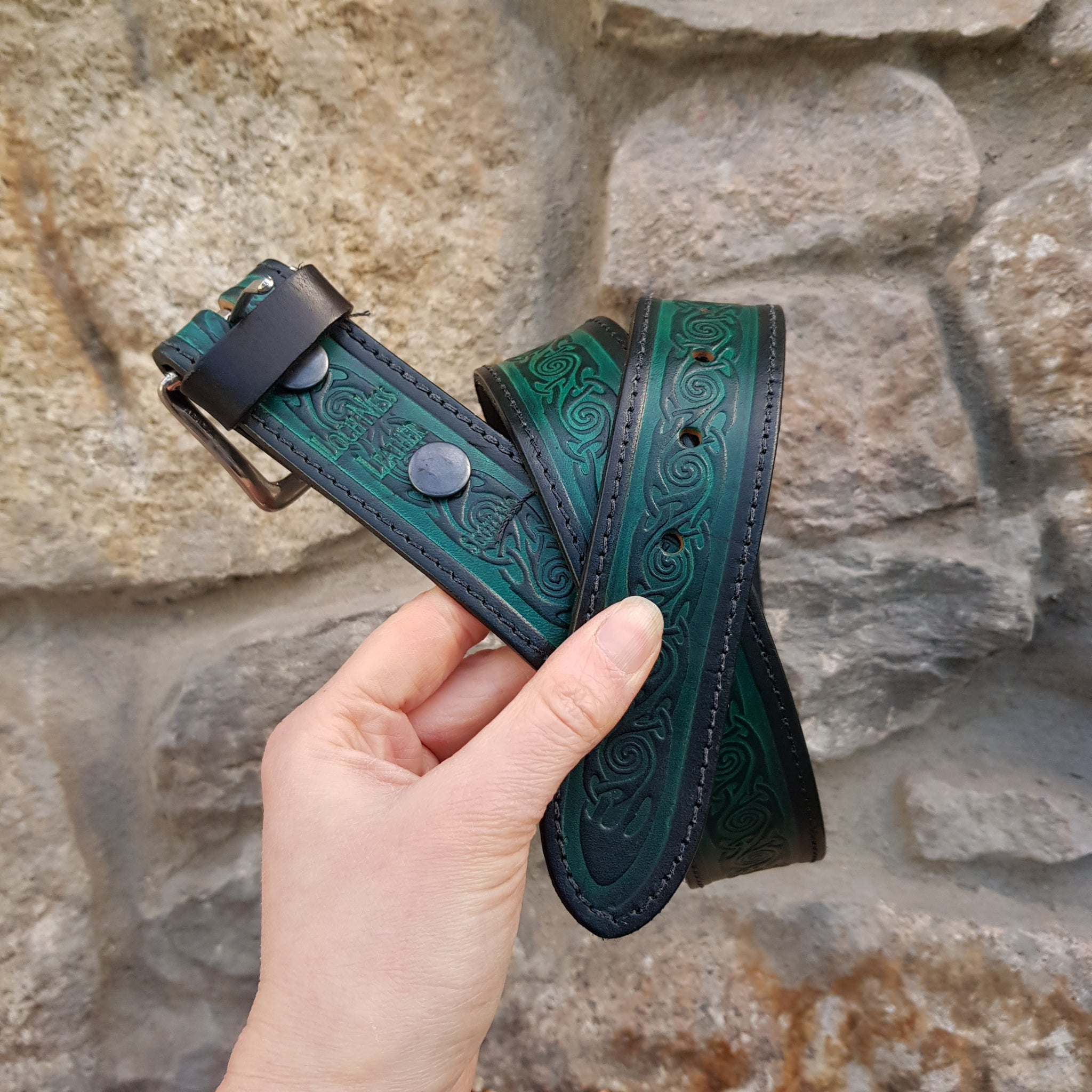 Green spiral leather belt