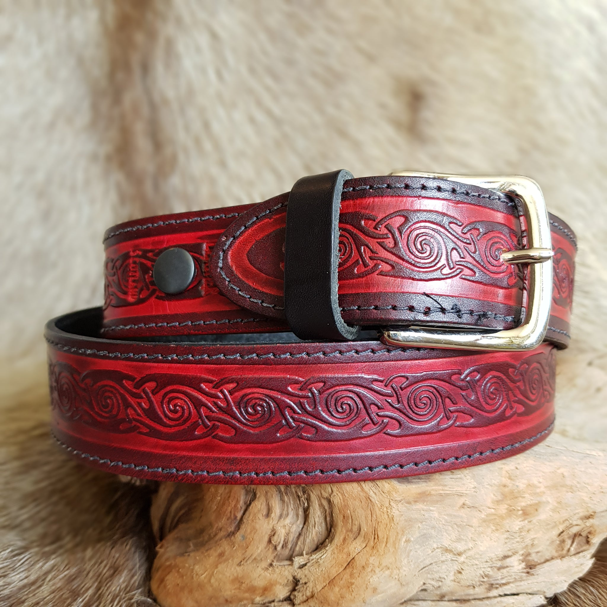 Red wide spiral design leather belt