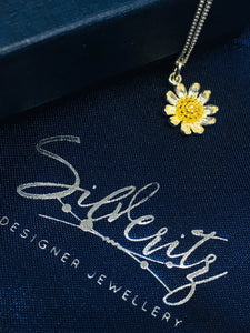 'The Autumn Daisy' - Two tone Daisy charm in Sterling silver
