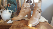 Mollini Tan leather ankle boots size 41