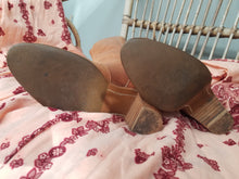 Vintage tan boots size 5 5.5 give or take