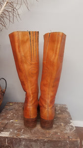 1970's Vintage Size 8 AU Tan Leather boots