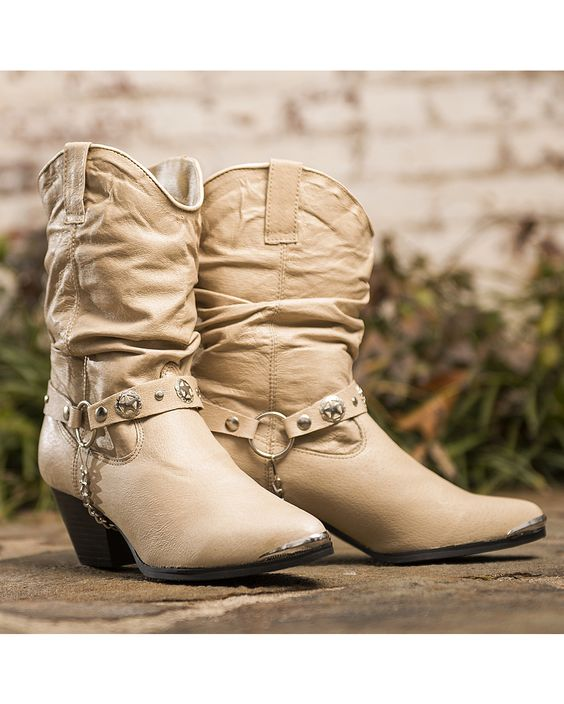 Dingo Cream Leather Boots brand new size 6M