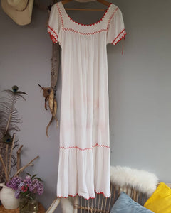 vintage mexican Embroidered dress S
