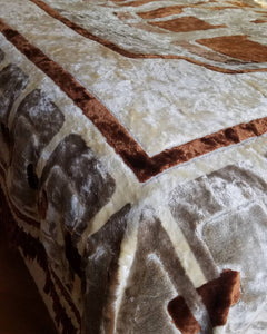 Genuine vintage 70s bedspread cover