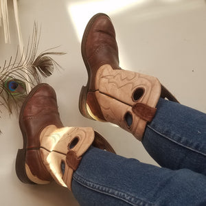 Cowboy boots mens 9 womans 10