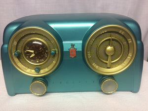 1951 Crosley D25 tube radio