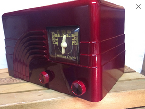 "1946 Northern Electric ""Baby Champ"" tube radio"