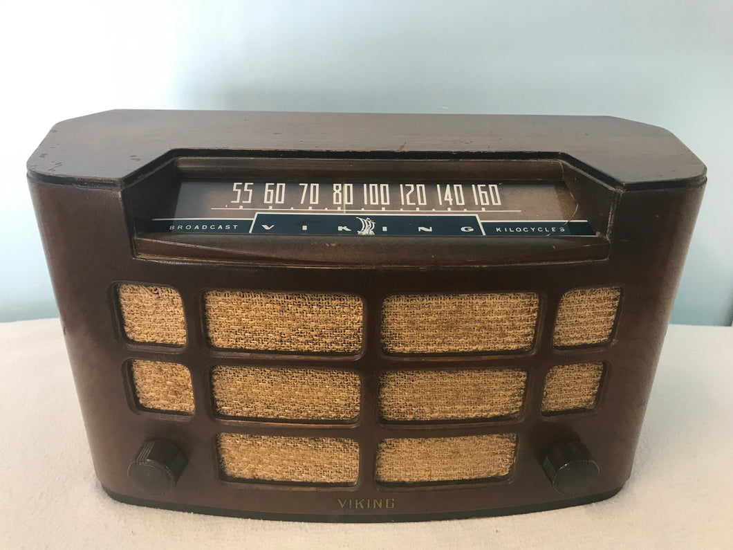 Viking 51-30 Tube Radio With Bluetooth input.