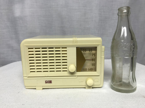 "Jewell ""Gem"" Midget 955 Tube Radio With Bluetooth input."