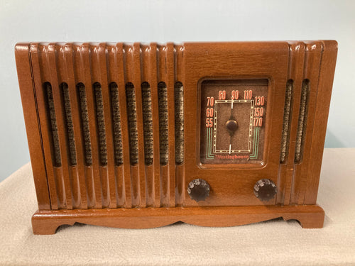 Vintage 1946 Westinghouse 568 Tube Radio With Bluetooth input.