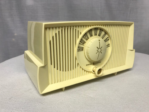 General Electric C-409 Tube Radio With Bluetooth input.
