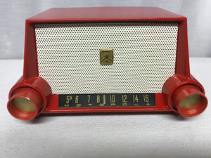 Gorgeous Motorola 53H Restored Tube Radio.