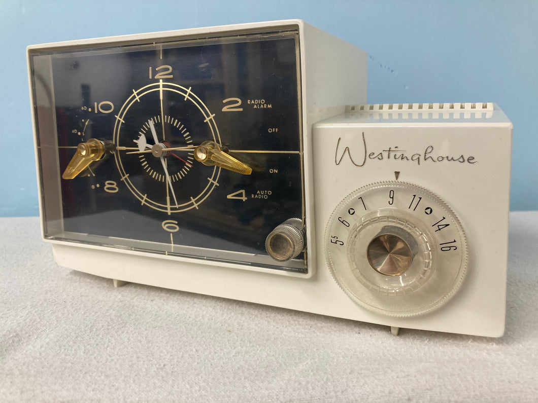 Near New Condition Westinghouse H700T5A