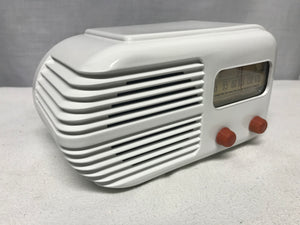 "Stewart Warner ""Bullet"" retro tube radio with iphone or bluetooth Input"