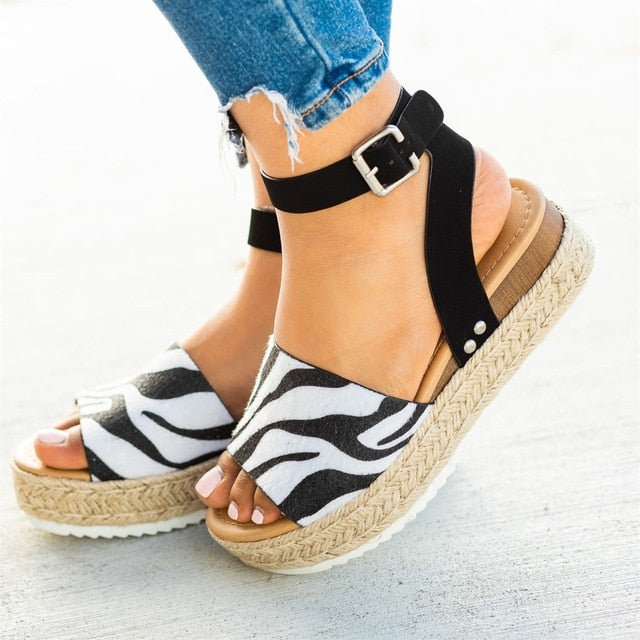 Sierra Sandals - Lavish Outfitters