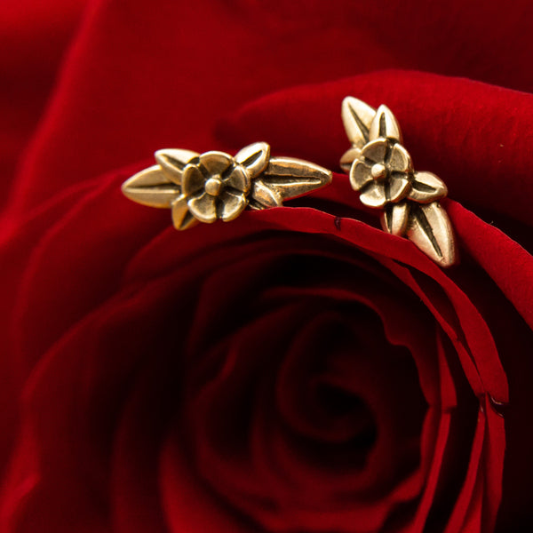 Melissa Scoppa - Melissa Scoppa Jewelry - Melissa Scoppa Wild Flower Earrings - Valentines Day Flower Earrings - Valentines Day jewelry for her girlfriend - Gallery of Jewels - Best Jewelry store in san francisco bay area