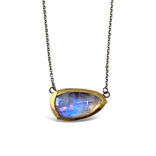 AUSTIN TITUS - Moonstone Simple Fold Necklace