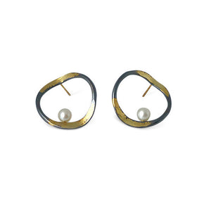 "AYESHA STUDIO - ""V"" Hoop Earrings"
