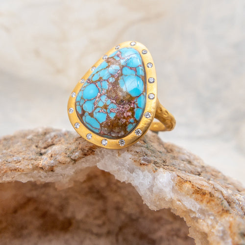 KANWAR - Turquoise and Diamond Halo Ring