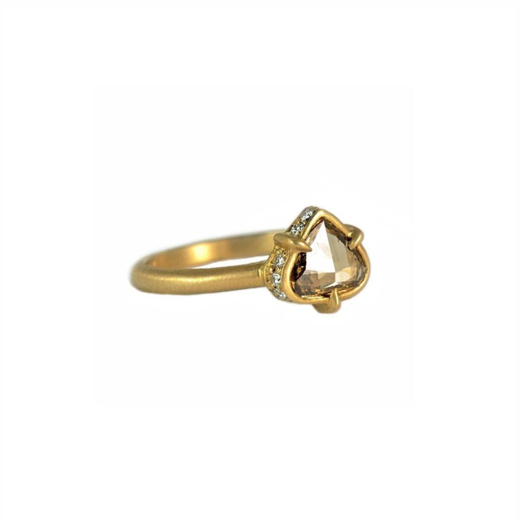 LORAK - Iona Ring - Gallery of Jewels