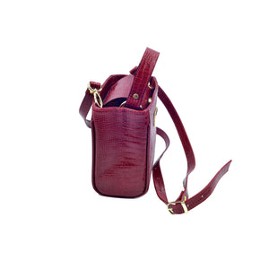 Spacious, practical and beautiful frame bag Italian leather. Handcrafted with care in Armenia