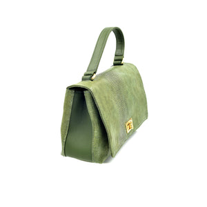 Baguette is suitable for casual daily use. Italian leather. Handcrafted to order.