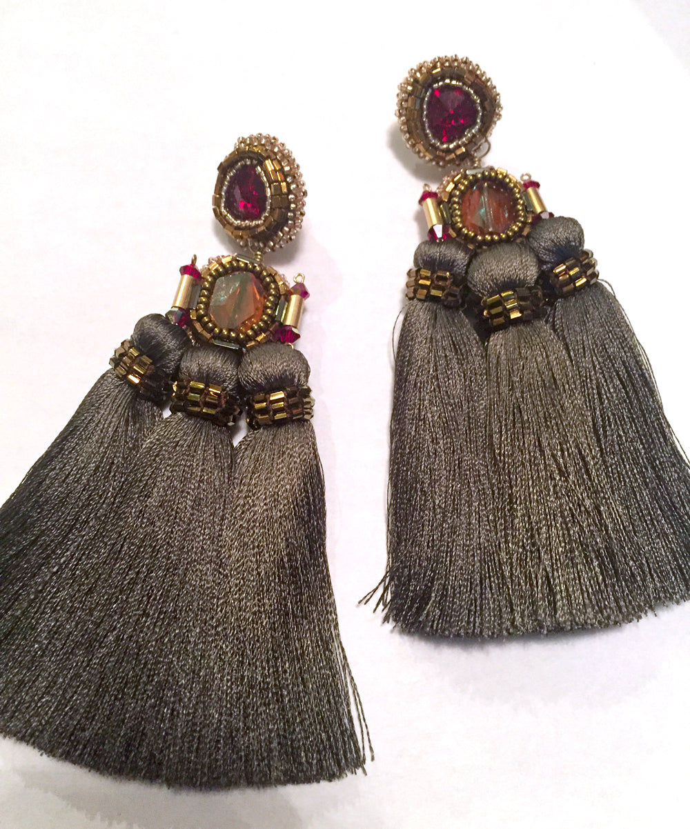 Grey & Ruby 3 Tassle