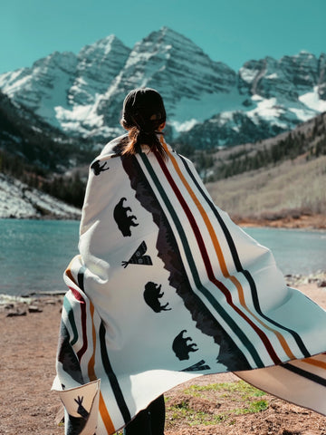 TETON - Human Throw Blanket